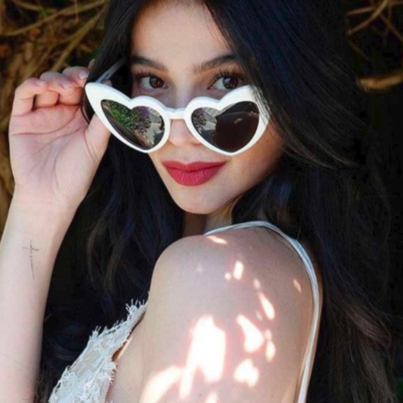 a7906b24df Accessories - ♡ NEW White Cat Eye Heart Shaped Sunglasses ♡